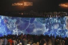 L'éditeur américain de jeux vidéo Activision Blizzard a revu en légère hausse ses prévisions 2013 après un troisième trimestre meilleur qu'attendu. /Photo d'archives/REUTERS/Ina Fassbender