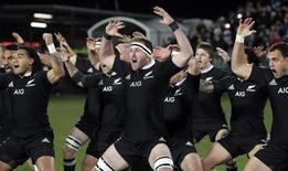 New Zealand's All Blacks perform the haka before their rugby union test match again France in Christchurch, June 15, 2013. REUTERS/Iain McGregor/Pool