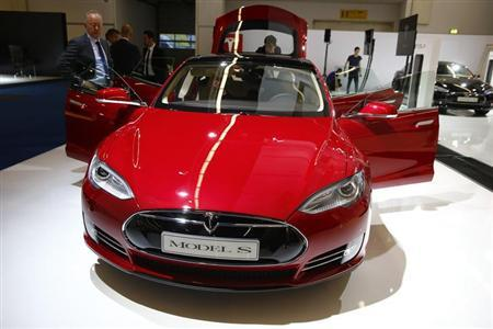 A Tesla model S car is displayed during a media preview day at the Frankfurt Motor Show (IAA) September 10, 2013. REUTERS/Kai Pfaffenbach/Files
