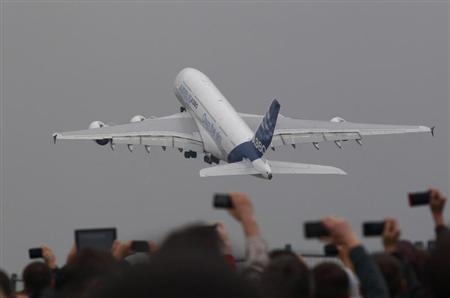 An Airbus A380 plane takes off during a demonstration flight at the MAKS International Aviation and Space Salon in Zhukovsky, outside Moscow August 31, 2013. REUTERS/Maxim Shemetov