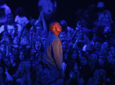 Kanye West performs ''Blood on the Leaves'' during the 2013 MTV Video Music Awards in New York August 25, 2013. REUTERS/Eric Thayer