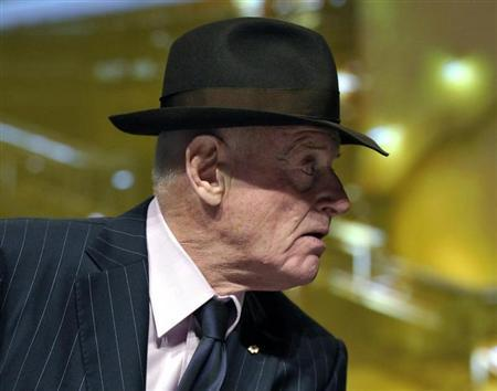Barrick Gold Corporation Chairman Peter Munk leaves the annual general meeting of shareholders in Toronto May 2, 2012. REUTERS/Mike Cassese