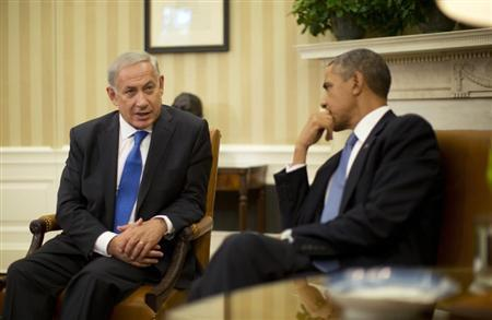 U.S. President Barack Obama meets with Israeli Prime Minister Benjamin Netanyahu (L) in the Oval Office of the White House in Washington, September 30, 2013. REUTERS/Jason Reed