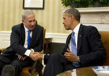U.S. President Barack Obama shakes hands with Israeli Prime Minister Benjamin Netanyahu in the Oval Office of the White House in Washington, September 30, 2013. REUTERS/Jason Reed