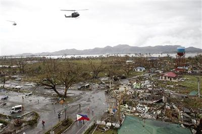 Typhoon kills at least 1,200 in Philippines: Red Cross