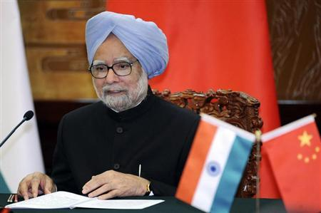 India's Prime Minister Manmohan Singh speaks during a joint news conference with Chinese Premier Li Keqiang (unseen) at the Great Hall of the People in Beijing October 23, 2013. REUTERS/Kyodo News/Peng Sun/Pool