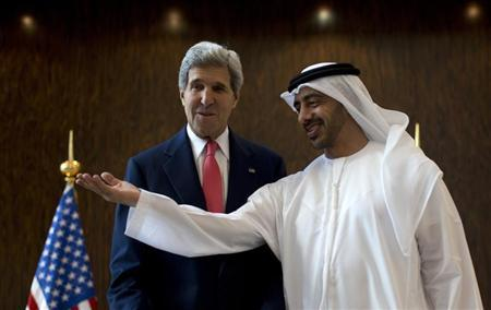 U.S. Secretary of State John Kerry (L) meets UAE Foreign Minister Abdullah bin Zayed Al Nahyan at the foreign ministry in Abu Dhabi, November 11, 2013. REUTERS/Jason Reed