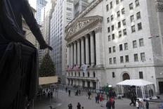 An exterior shot of the New York Stock Exchange in New York December 20, 2012. REUTERS/Andrew Kelly