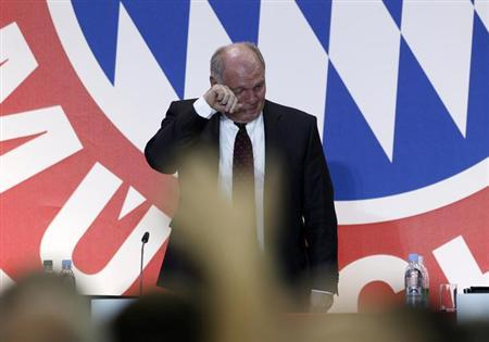 Bayern Munich's President Uli Hoeness reacts during an annual meeting of the German Bundesliga first division soccer club in Munich November 13, 2013. REUTERS/Michaela Rehle