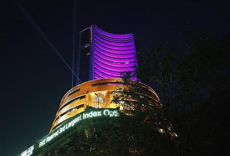 The Bombay Stock Exchange (BSE) building is illuminated during the Diwali special trading session celebrating Diwali in Mumbai November 3, 2013. REUTERS/Danish Siddiqui