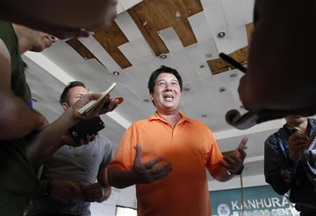 City mayor Alfred S. Romualdez tells the media of his frustrations over the slow response of the national government after the Super typhoon Haiyan battered Tacloban city in central Philippines November 14, 2013. REUTERS/Edgar Su