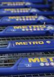 Тележки в магазине Metro в Санкт-Августине 23 мая 2012 года. Немецкий ритейлер METRO Cash&Carry планирует IPO своего российского дочернего подразделения, сказали Рейтер несколько банковских источников и источник, знакомый с деталями планирующейся сделки. Reuters/Wolfgang Rattay