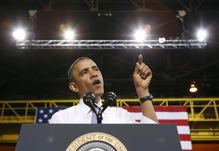 U.S. President Barack Obama speaks about the economy during a visit to ArcelorMittal steel mill in Cleveland, Ohio November 14, 2013. REUTERS/Kevin Lamarque