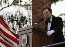 James Getty, portraying U.S. President Abraham Lincoln, delivers the Gettysburg Address at the Gettysburg National Cemetery in Pennsylvania November 19, 2013. REUTERS/Gary Cameron