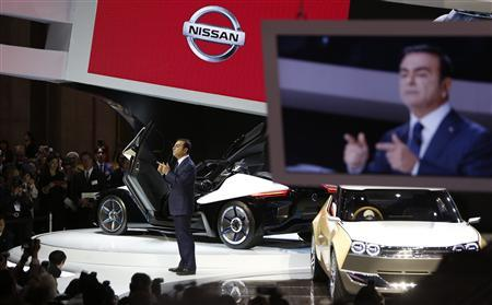Nissan Chief Executive Officer Carlos Ghosn speaks at the 43rd Tokyo Motor Show, in Tokyo November 20, 2013. REUTERS/Yuya Shino
