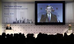 Mario Draghi, President of the European Central Bank (ECB) delivers his speech to the European Banking Congress, at the old opera house in Frankfurt, November 22, 2013. REUTERS/Kai Pfaffenbach