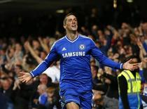 Chelsea's Fernando Torres celebrates scoring a goal against Manchester City during their English Premier League soccer match at Stamford Bridge in London October 27, 2013. REUTERS/Eddie Keogh