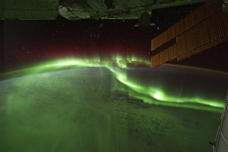 Aurora Australis or ''Southern lights'' are seen in this picture captured by astronauts on the International Space Station (ISS) with a digital camera while they passed over the Indian Ocean, in this September 17, 2011 photograph. REUTERS/NASA/Handout