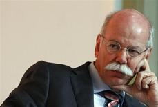 Daimler CEO Dieter Zetsche listens during a car summit organized by business newspaper Handelsblatt in Munich October 28, 2013. REUTERS/Michaela Rehle