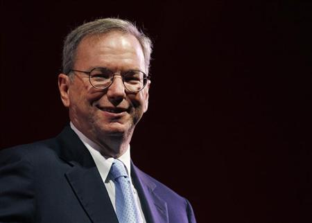 Google Chairman Eric Schmidt smiles during a rehearsal of his MacTaggart lecture speech for the Edinburgh International Television Festival in Edinburgh, Scotland August 26, 2011. REUTERS/David Moir