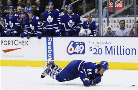Toronto Maple Leafs' Mikhail Grabovski falls during a breakaway against the Florida Panthers in the second period of their NHL hockey game in Toronto March 26, 2013. REUTERS/Mark Blinch