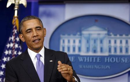 U.S. President Barack Obama talks about the Affordable Care Act in the Brady Press Briefing Room at the White House in Washington, November 14, 2013. REUTERS/Larry Downing