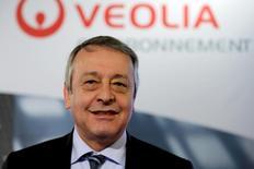 Le PDG de Veolia Environnement, Antoine Frérot. Le groupe compte faire croître ses ventes auprès de l'industrie agroalimentaire de plus de 50% et vise un milliard d'euros de chiffre d'affaires dans ce secteur au cours des prochaines années contre 650 millions en 2012. /Photo prise le 28 novembre 2013/REUTERS/Philippe Wojazer