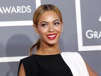 Beyoncé chega ao 55 º Grammy Awards em Los Angeles. A cantora Beyoncé foi a personalidade que mais motivou buscas neste ano no site Bing, superando a estrela de reality shows Kim Kardashian, campeã de 2012, informou o site de buscas nesta segunda-feira. 10/02/2013. REUTERS/Mario Anzuoni