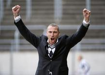 Henrik Larsson celebrates after his team Landskrona Bois scored against Degerfors in their Swedish second football league, Superettan, soccer match in Landskrona April 10 2010. REUTERS/Scanpix Sweden