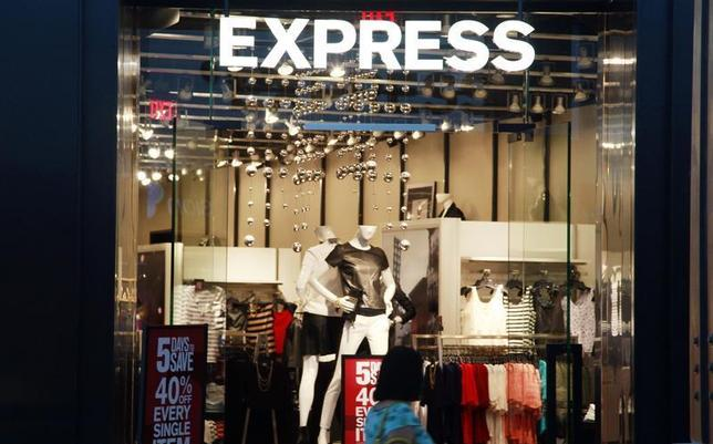 A customer walks past the Express store in Broomfield, Colorado August 28, 2013. REUTERS/Rick Wilking