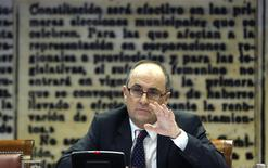 Bank of Spain Deputy Governor Fernando Restoy attends a news conference in Madrid December 4, 2013. REUTERS/Javier Barbancho