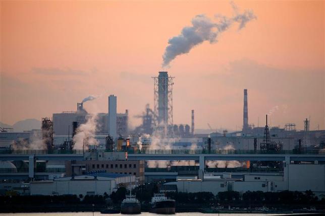 12月9日、東京ガスの岡本毅社長はロイターのインタビューに応じ、電力事業を拡大するために石炭火力発電への関与を検討していることを明らかにした。都内で2009年1月撮影(2013年 ロイター)