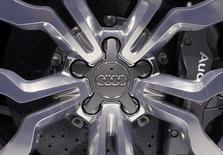 Audi annonce lundi une hausse de 6,8% de ses ventes en novembre par rapport au même mois de 2012, à 132.050 unités. Sur les 11 premiers mois de l'année, les ventes de la firme d'Ingolstadt sont en hausse de 7,4% à 1,44 million de véhicules. /Photo d'archives/REUTERS/Adnan Abidi