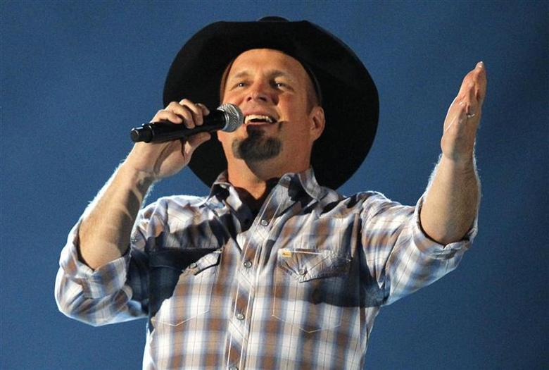 Garth Brooks sings at the 48th ACM Awards in Las Vegas in this file photo taken April 7, 2013. REUTERS/Mario Anzuoni