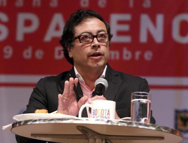 Gustavo Petro speaks during a forum in Bogota December 9, 2013.REUTERS/Ignacio Prieto/Bogota's Mayor Press Office/Handout via Reuters
