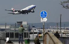 台湾の中華航空、格安航空サービス開始へ=関係筋 | ビジネスニュース | Reuters