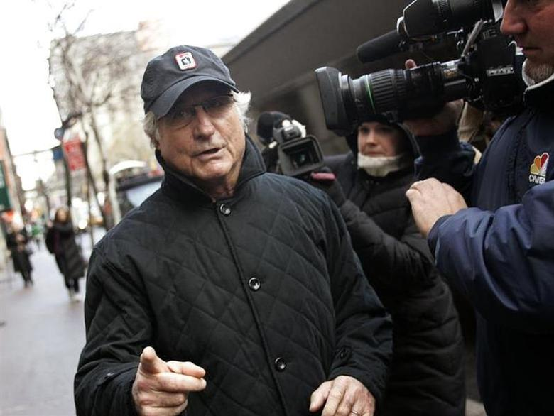 Bernard Madoff walks back to his apartment in New York in this December 17, 2008 file photo. REUTERS/Shannon Stapleton/Files