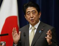 Japan's Prime Minister Shinzo Abe speaks during a news conference at his official residence in Tokyo December 9, 2013. REUTERS/Toru Hanai
