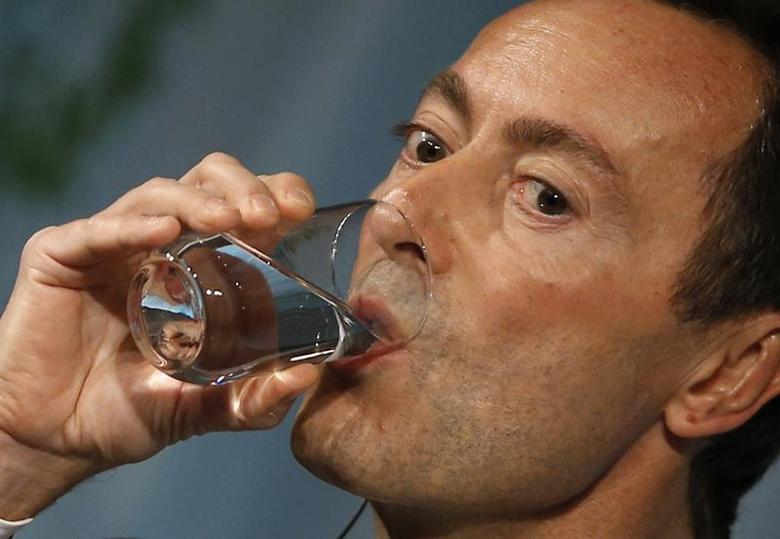 Airbus President and Chief Executive Officer Fabrice Bregier drinks water as he delivers a speech at the Global Management Forum in Tokyo October 21, 2013. REUTERS/Toru Hanai