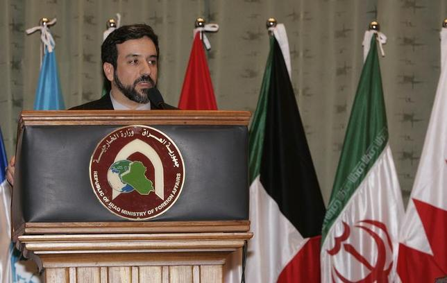 Iran's deputy foreign minister for legal and international affairs Abbas Araghchi speaks during a news conference in Baghdad March 10, 2007. REUTERS/Sabah Arar/Pool
