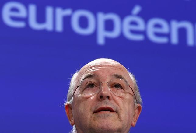 European Union Competition Commissioner Joaquin Almunia addresses a news conference at the EU Commission headquarters in Brussels December 4, 2013. REUTERS/Yves Herman