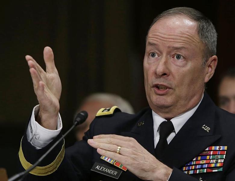U.S. National Security Agency (NSA) Director General Keith Alexander testifies before the Senate Judiciary Committee in Washington December 11, 2013. REUTERS/Gary Cameron