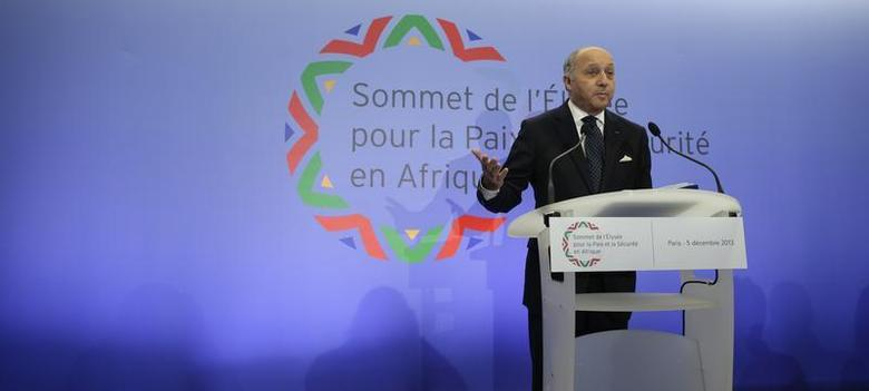 French Foreign Affairs Minister Laurent Fabius attends a news conference in Paris after a meeting of Foreign Affairs ministers of African nations as part of the Elysee Summit for Peace and Security in Africa, December 5, 2013. REUTERS/Jacky Naegelen