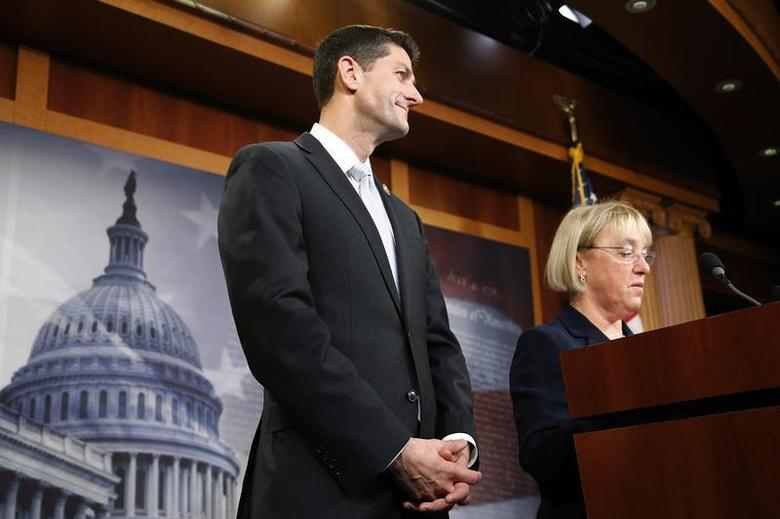 House Budget Committee chairman Representative Paul Ryan (R-WI) (C) and Senate Budget Committee chairman Senator Patty Murray (D-WA) (R) hold a news conference to introduce The Bipartisan Budget Act of 2013 at the U.S. Capitol in Washington, December 10, 2013. REUTERS/Jonathan Ernst