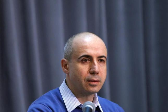 Russian entrepreneur and venture capitalist Yuri Milner looks on during the Life Sciences Breakthrough Prize announcement in San Francisco, California February 20, 2013. REUTERS/Robert Galbraith