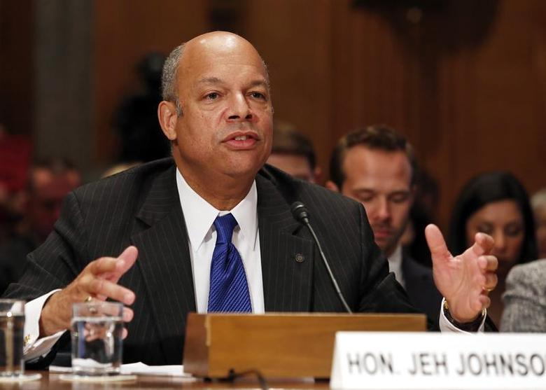 Jeh Johnson testifies before the Senate Homeland Security and Governmental Affairs Committee confirmation hearing on his nomination to be the Homeland Security Secretary on Capitol Hill in Washington November 13, 2013. REUTERS/Yuri Gripas