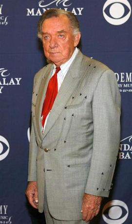 Ray Price arrives at the 39th annual Academy of Country Music Awards at the Mandalay Bay Events Center in Las Vegas, Nevada, May 26, 2004. REUTERS/Steve Marcus