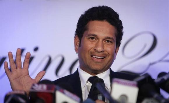 Indian cricket player Sachin Tendulkar speaks during a news conference a day after his retirement in Mumbai November 17, 2013. REUTERS/Danish Siddiqui/Files