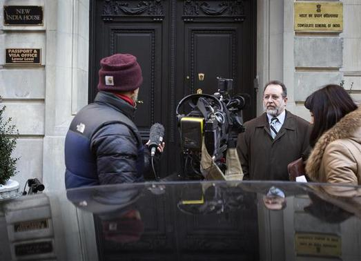 Daniel Arshack, lawyer of Devyani Khobragade, speaks to Reuters TV in front of the Indian Consulate building in New York December 18, 2013. REUTERS/Carlo Allegri