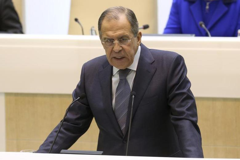 Russia's Foreign Minister Sergei Lavrov makes a speech to the upper house of parliament in Moscow December 18, 2013. REUTERS/Sergei Karpukhin